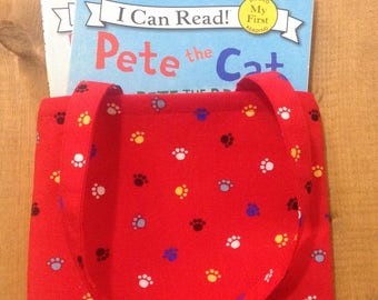Pete the Cat Tiny Reading Tote + Two Books - Sir Pete the Brave & A Pet for Pete - I Can Read Series - Gift of Reading