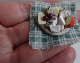 1:12 cheese plate, Miniature Dollhouse, crafts