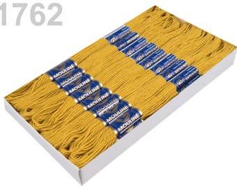 24 docking embroidery thread / Sticktwist #1762 honey mustard