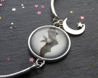 Vintage Bat Bracelet with Charms, Bat Bracelet, Goth Bracelet, Gift for Bat Lover, Gift for Her, Bat Jewellery, Bracelet,Vintage Bat