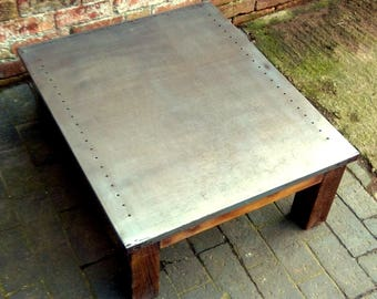 Industrial Steel Coffee Table with Reclaimed Wood Base (34x90x76cm)