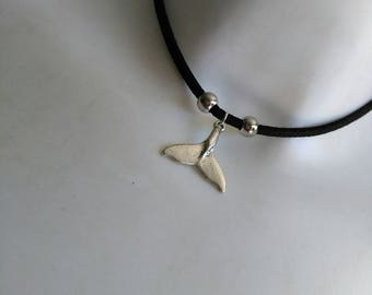 Choker of black tail silver whale