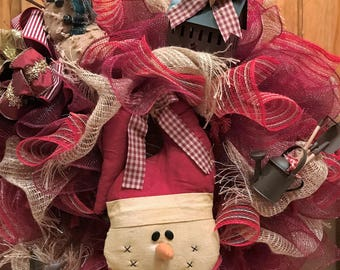 Old Time Christmas Primative Deco Poly Mesh Wreath