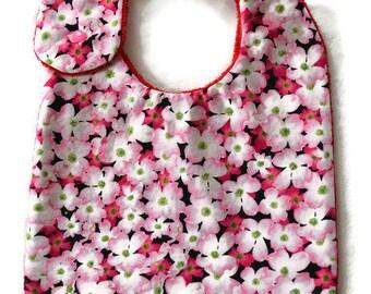 "Nice vintage bib with cotton/fleece blanket ""field of flowers"""