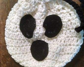 Crocheted Ghost Trick or Treat Bag