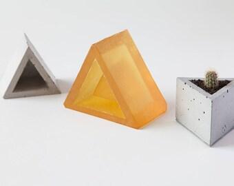 Molds for concrete pots