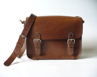 Vegetable tanned leather bag/Mini Messenger leather case/shoulder bag