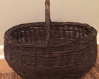Vintage Medium Sized Basket