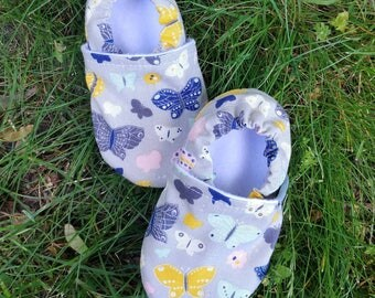 Butterfly Moccasins, butterfly booties, baby girl shoes, baby shower gift, gift for baby, baby flats, toddler flats, summer baby shoes