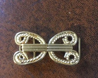 Vintage belt buckle/gold colour/1970's/hook and eye buckle/metal buckle/replacement buckle/dress making/craft/sewing/dead stock/