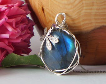Labradorite and wire wrapped pendant