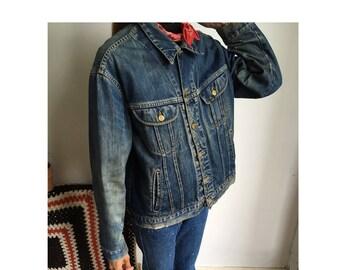 Lee medium / large blue vintage denim jacket