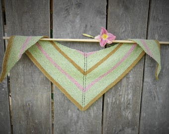 Handknit Triangle Scarf/Small Wool Shawl/Hand-dyed Scarf/Hand-dyed Yarn/Green/Brown/Pink/Pastels/Earthy Organic Knit Shawl/Eco-dyed/kerchief