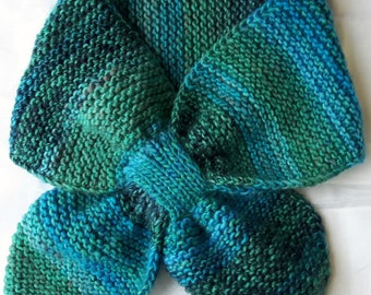 Blue and green gradient scarf