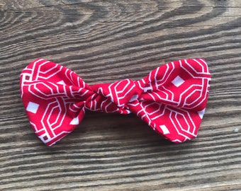 Knot bow clip