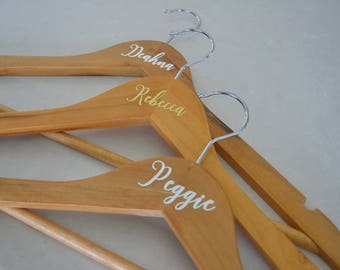 Bridal Party Hangers Coat hangers Clothes hangers Bride Bridesmaid Maid of Honour Personalised Decal Name Wedding Dress Hangers