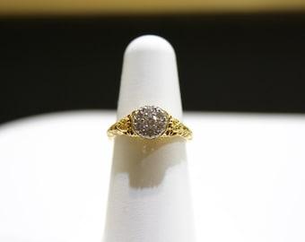Ladies 18kt Yellow gold Filigree and Diamond ring