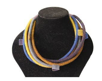 Zulu beaded necklace, umgingqo, South African