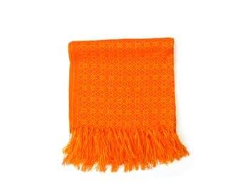 orange and yellow mexican rebozo | rebozos de artesania mexicana | shawl, scarf, baby wrap, carrier | mexikaner schal | mexique écharpe |