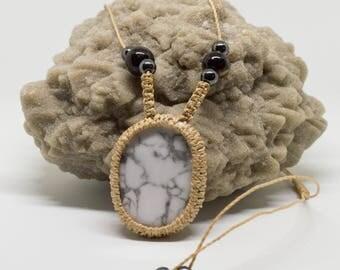 Necklace pendant Howlite / Magnesite