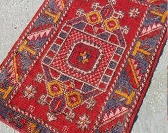 "Oushak rug, Vintage Rug,Turkish Rug,2'8""×3'3""Ft,Home living, Area Rug, Vintage Oushak Rug,Tufkish Oushak Rug, Rugs, Kilim Rug, Stylih Rug,"