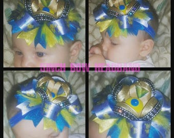 Minion stacked bow elastic headband, button, feathers, blue, yellow