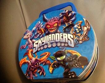 Metal lunchbox skylanders
