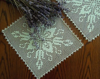 Hand crochet doily-set, light green crochet lace doily, filet doily, crochet tablecloth, hand lace placemat, housewarming gift