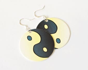Ying Yang Pog Earrings