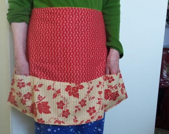 Women's half apron with 4 bottom pockets and autumn leaf themed fabric