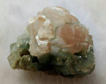 Green Apophyllite, 2'',Green And Red heulandite ,Scolecite, 40g, Apophyllite Druzy, India, cluster, Specimen, Collector