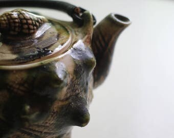 Vintage English Seashell Teapot