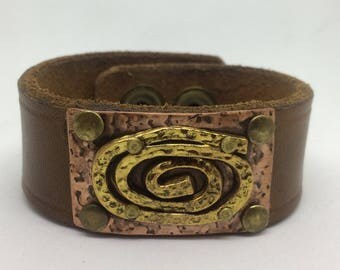 Brown Leather Cuff Bracelet for women with swirl. Leather metal cuff Leather Bracelet Boho Jewelry Copper cuff Gift for her