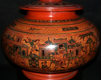 Vintage lacquer water pot from Burma