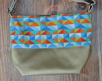 Crossbody/over the shoulder tote