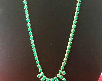 Vintage emerald green rhinestone crystal necklace