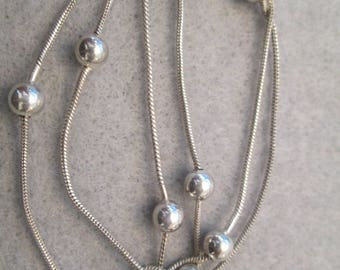 """22"""" Italian Solid Sterling Silver Chain>>a hard length to find>> Intermittant Ball Design>>Lovely, Vintage 1970's, new old stock, never worn"""