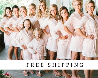 Bridesmaid Robes // Robe // Bridal Robe // Bride Robe // Bridal Party Robes // Bridesmaid Gifts // Satin Robe // Bridesmaid Robe