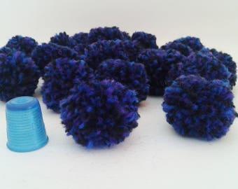 round pompons wool diameter 3.5 cm
