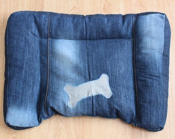 Small dog bed, small cat bed - pet bedding made of upcycled recycled repurposed denim, XS, S