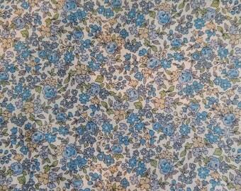 Coupon de tissu popeline de coton Fond bleu à Fleurs