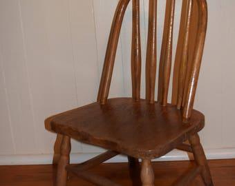 Vintage Oak Wooden Childu0027s Chair