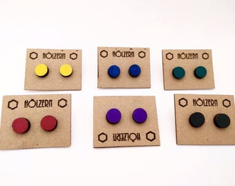 Earrings round colored blue red yellow green violet