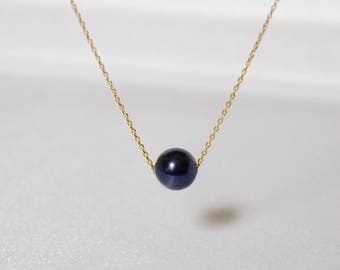 Dark Blue Floating Necklace//Gold Dark Blue Pearl Necklace//Gold Pearl Necklace//Dainty Single Pearl Necklace//Bridesmaid Necklace//Everyday