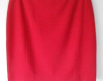 VGR women's red 100% pure wool skirt size 14