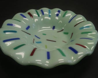 Beautiful Fused Glass Plate 7.5 inch diam.