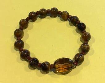 Tiger Eye Bracelet/w Lg Brown Transparent Bead