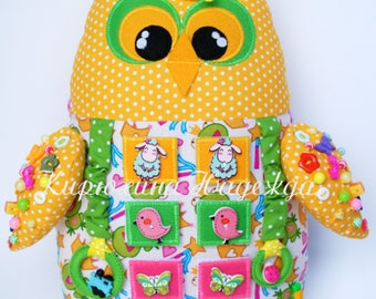 Developing toy owl, busy owl