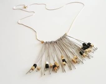 Silver Oscar necklace