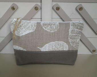 Case color soft taupe and linen